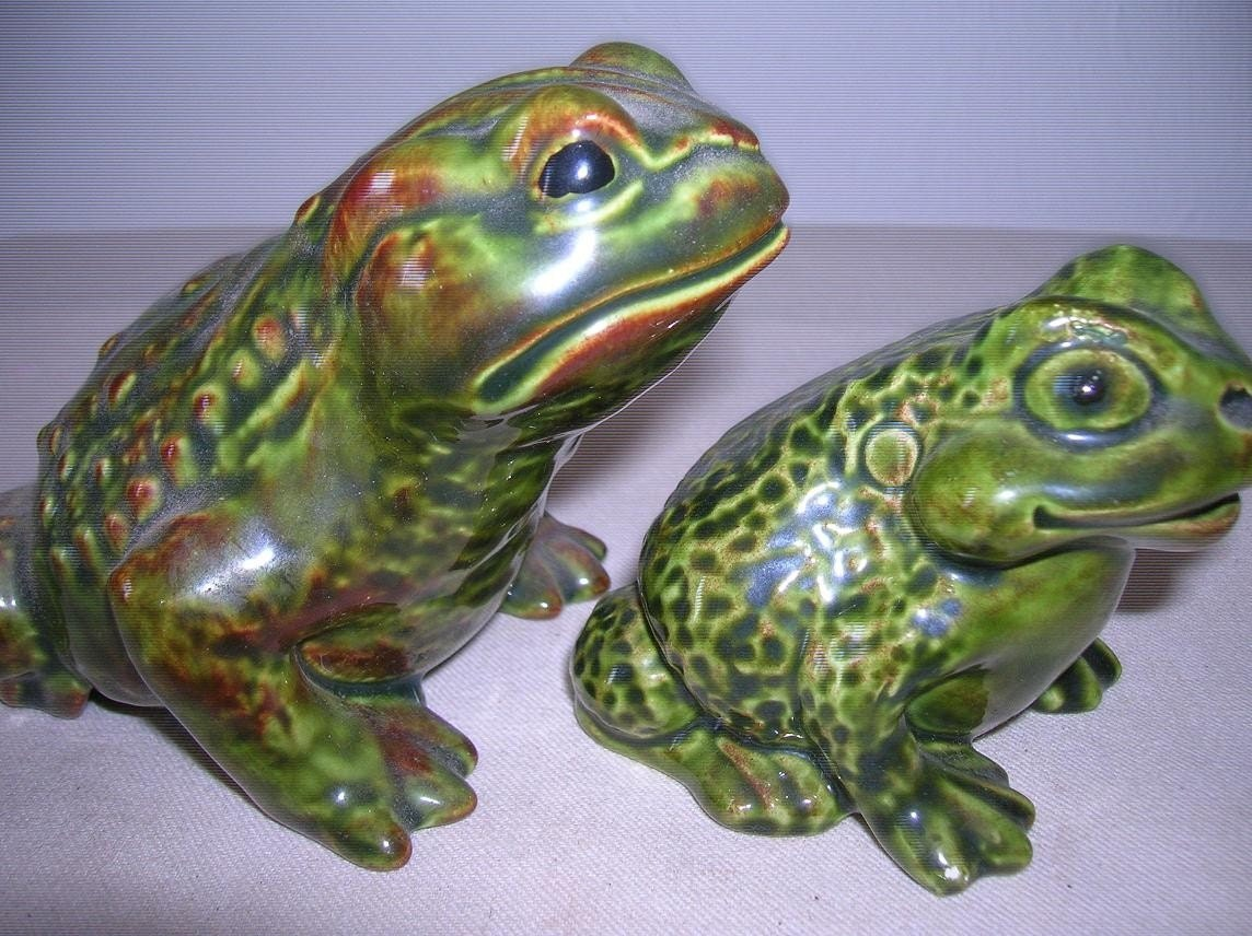 Frog Friends 2 Cute Frog Figurines Ceramic By Raesvintage