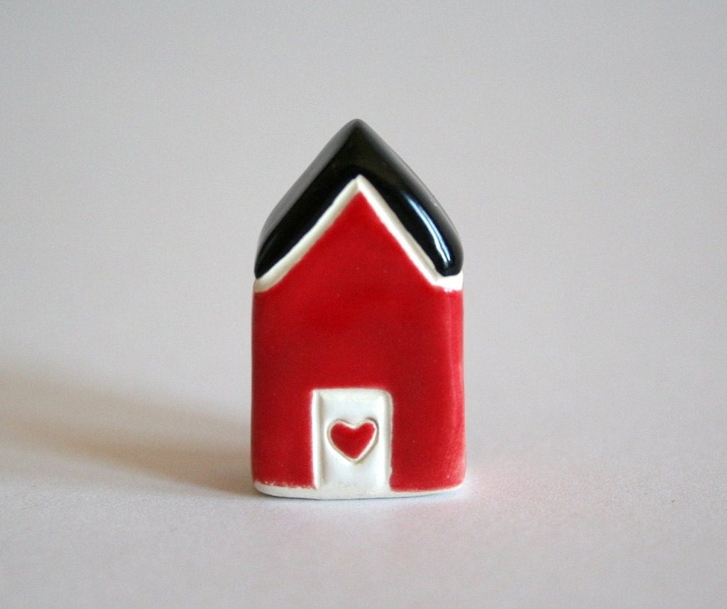 Little Clay House - Black Red white - Miniature Ceramic Cottage