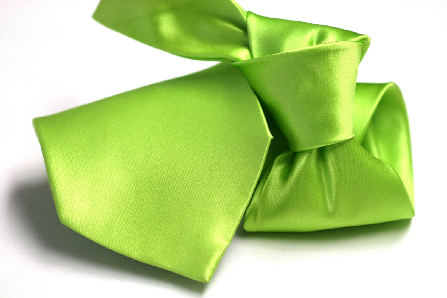 Satin Silk Tie (3.75 inch) in Solid Lime Green - joyneckwear