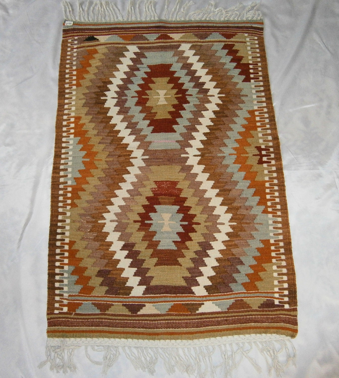Cheap and high quality vintageturkish kilim by yunershop for Cheap good quality rugs