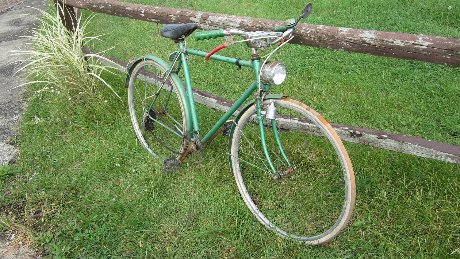 Antique Bicycle Mens Green Rusted Rusty Old Bike Country Rustic Decor Vintage Bicycle 1960s - TheOldTimeJunkShop