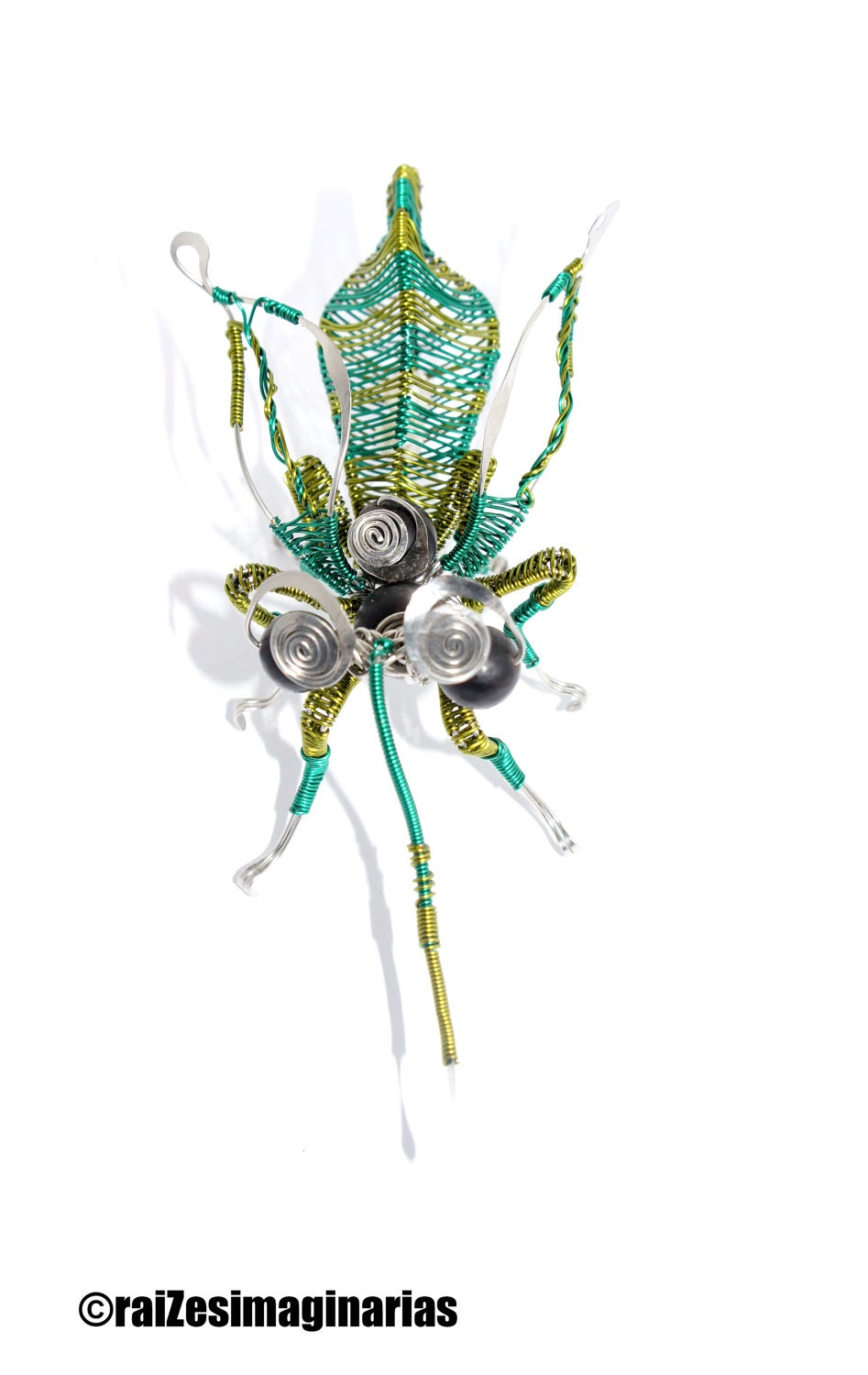 fly wire wrap sculpture stainless steel, green colored copper wire and natural pearls - raizesimaginarias