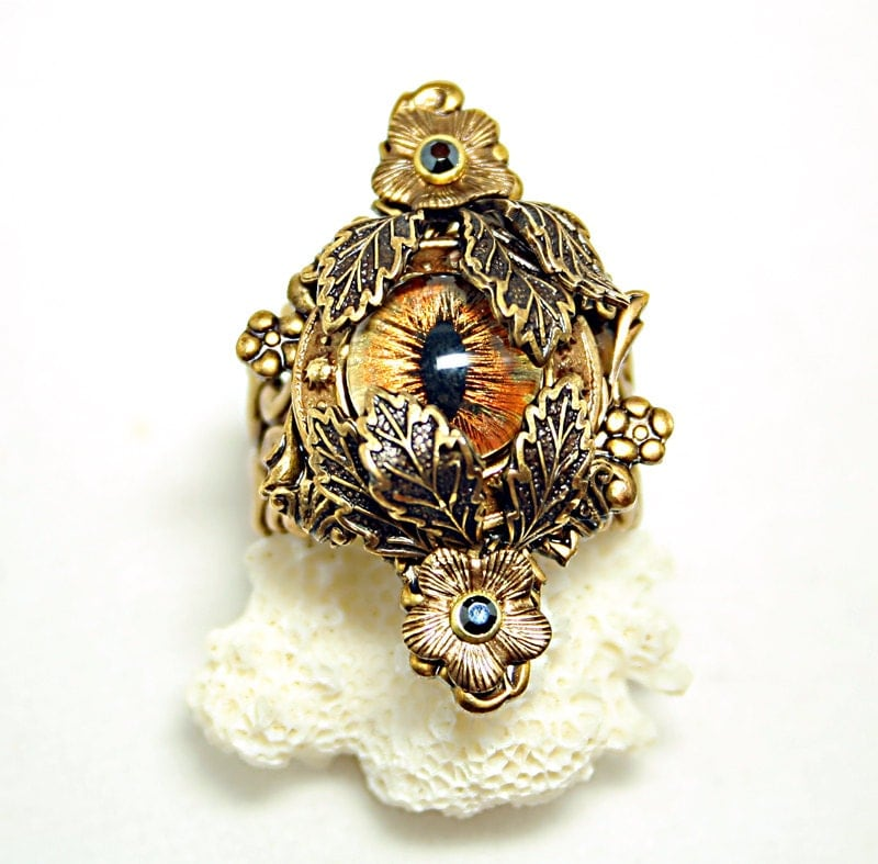 Steampunk Ring Evil Eye Ring Eyes In The Night Creepy Jewelry Gothic Ring Woodland Amber Gold Brown - DesignsBloom