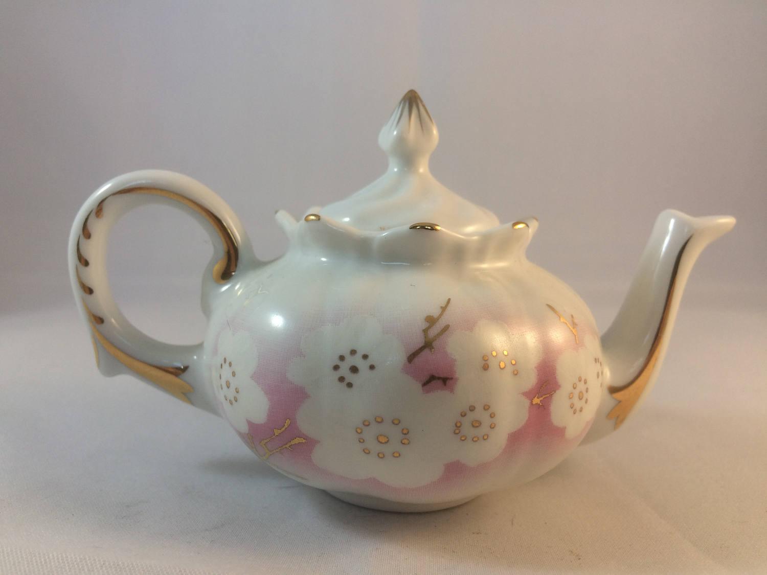 Miniatures  miniature teapot  porcelaine art  collectors item  collectable teapot  flower decoration  ideal gift  gilding