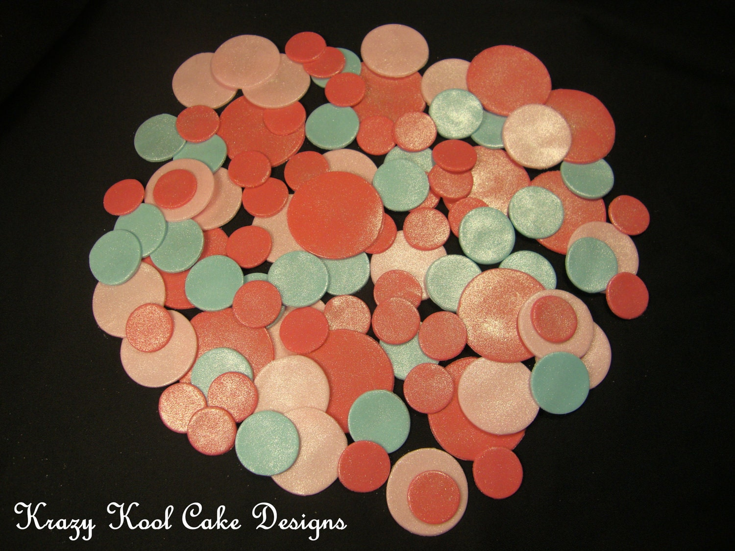Fondant Polka Dots For Decorating Cakes by ...