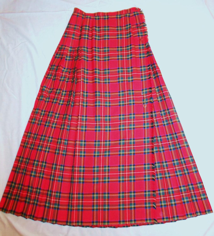 vintage plaid skirt tartan pleated wool by trixzstreasures