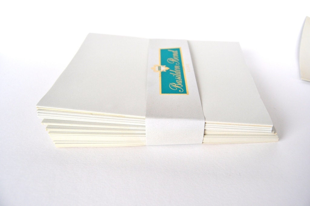 basildon bond writing paper Basildon bond envelopes small packs, ideal for the small or home office made from 100% recycled paper featuring a peel and seal closure with easy open device this dl size (220x110 mm) envelopes are available in white colour and having weight of 120g/m2 available as a 100 pack basildon bond envelopes.