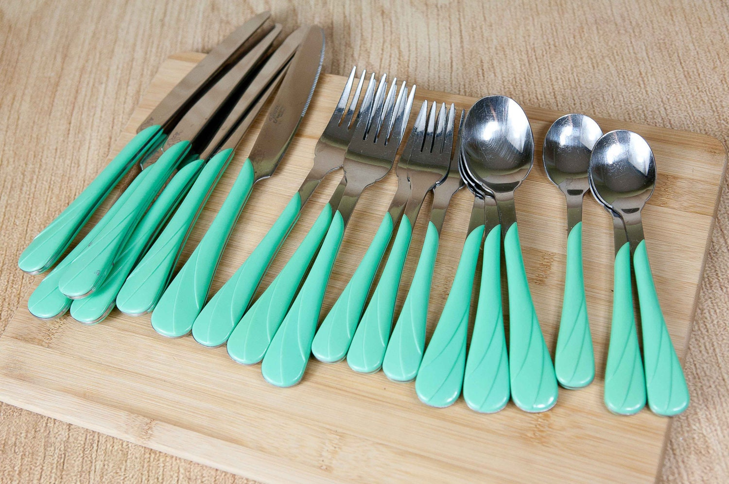 Colored Handle Stainless Flatware Set - Best Decorating Ideas