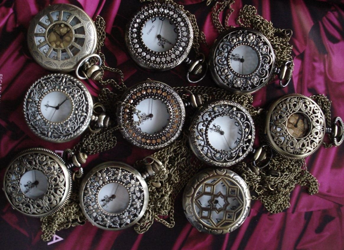 Special Custom list of Necklace Pendant Flower bronze Pocket Watch for Wedding