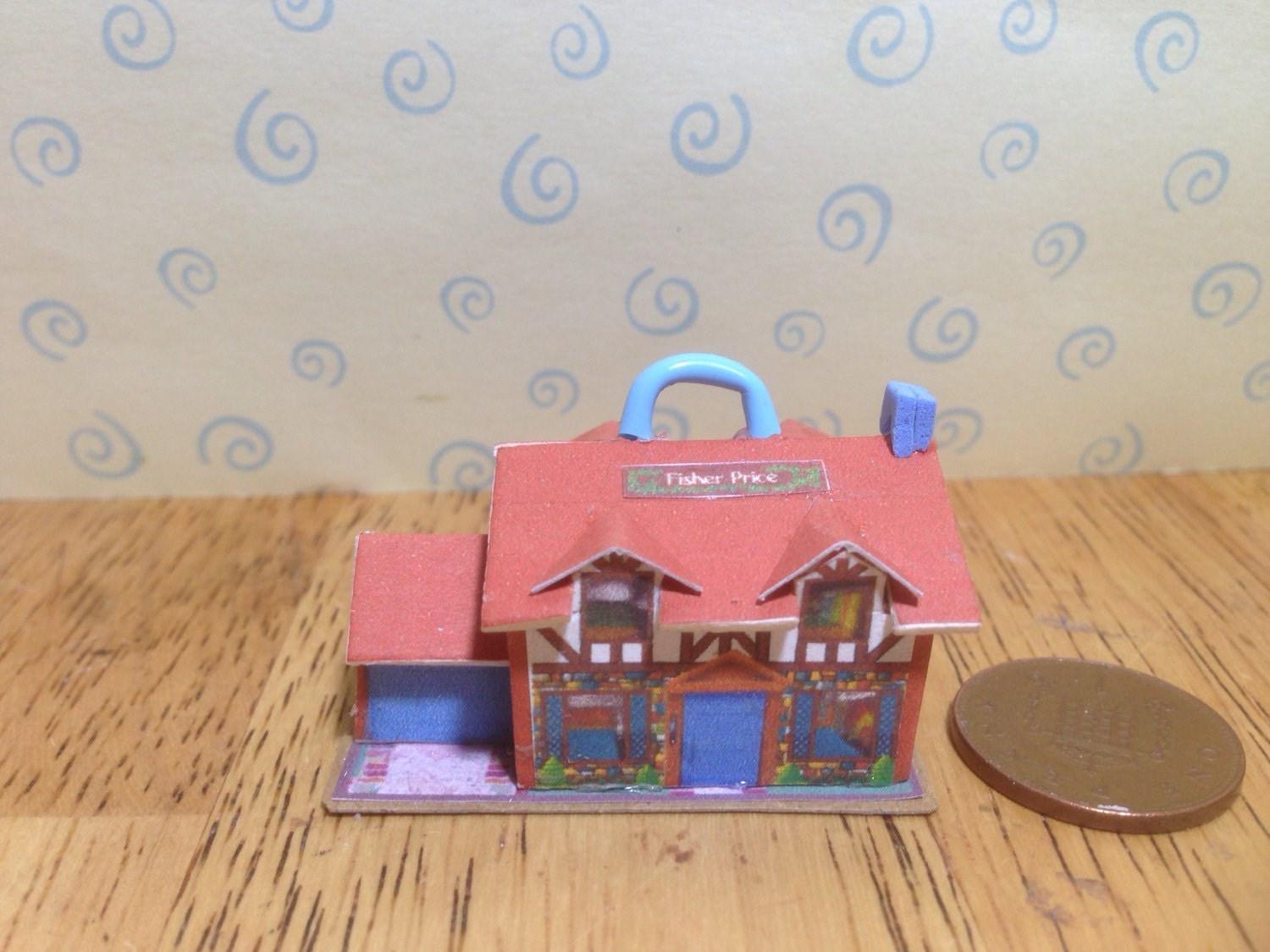 Hand made Dolls house Miniature replica vintage fisher price play family tudor house NEW 112 scale