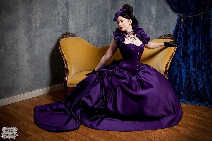 Detachable Extra Full Bustle for your Bridal, Burlesque Or Masquerade Ensemble - BizarreBoudoir