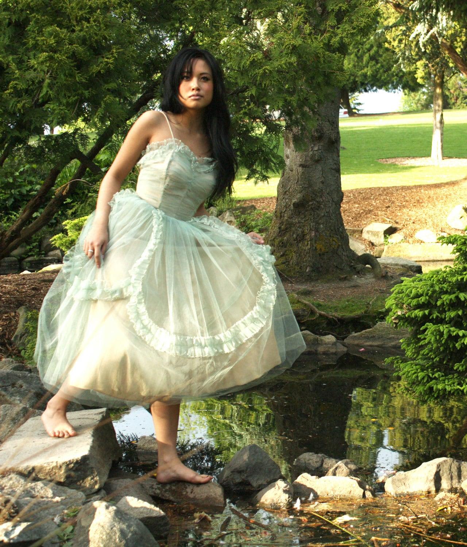 Woodland fairy wedding dresses wedding dresses 2013 for Woodland fairy wedding dress