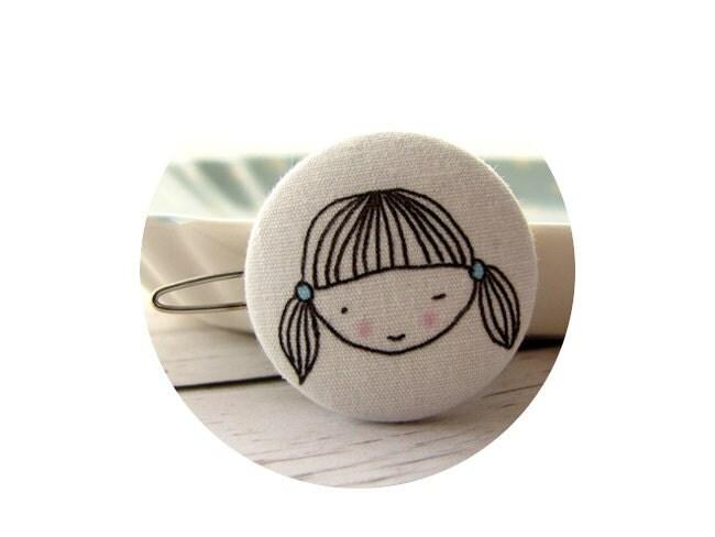 Fabric covered button hair barrette - TsuraLi