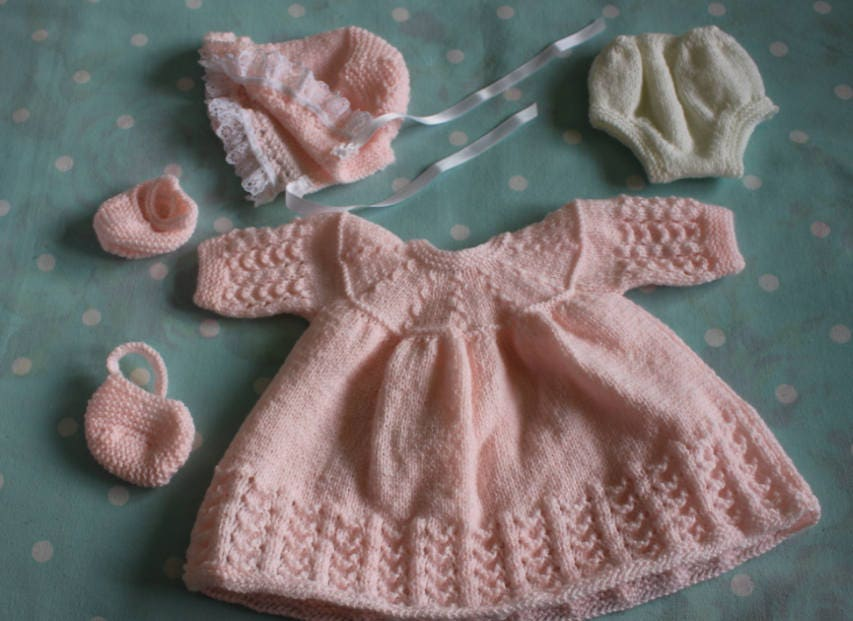 Knitted Dolls Dress Set in Pale Peach for 16  18 inch doll