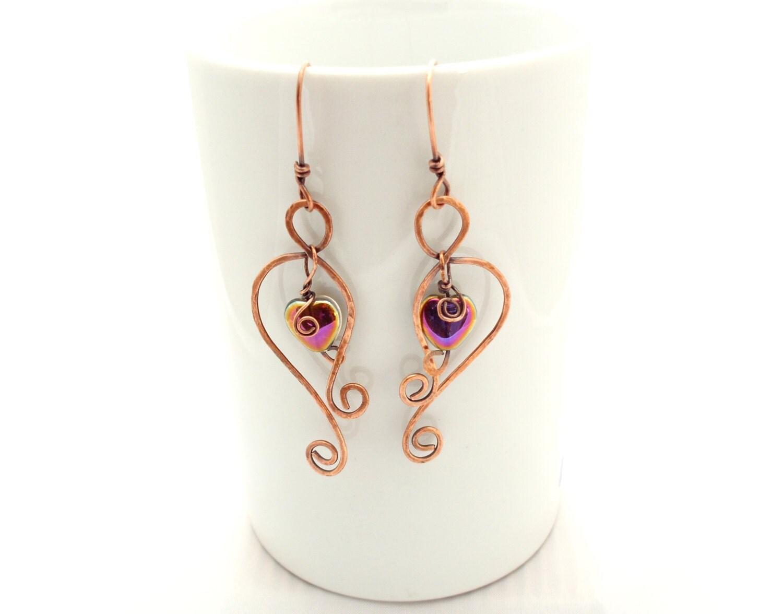 Copper earrings, hammered wire earrings, dangle hearts, aged copper, hammered wire earrings, wire wrapped earrings, unique hammered earring - EvAtelier1