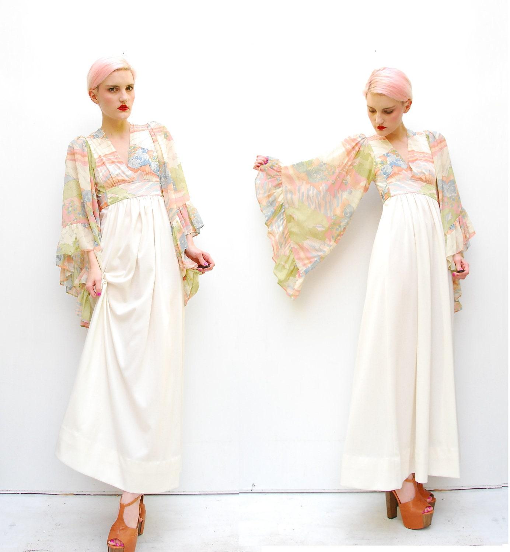 Are hippie wedding dresses the same as bohemian wedding for Boho casual wedding dress