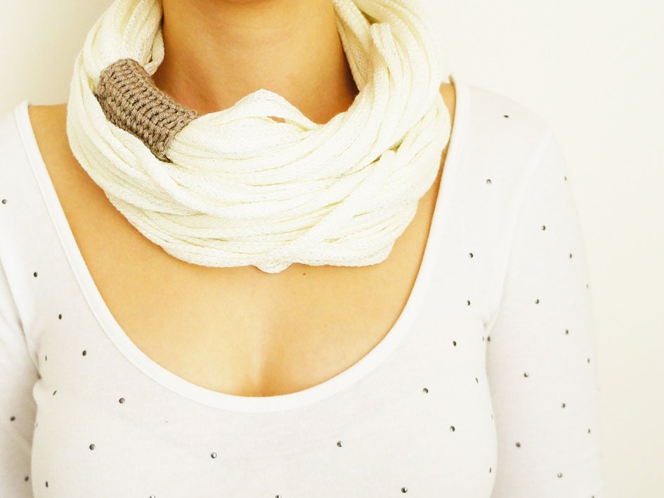 SCARF // Infinity Eternity Scarf Noodle Scarves Cotton Fashion Neckwarmer Circle Necklace Chunky Cowl White Beige - Sudrishta