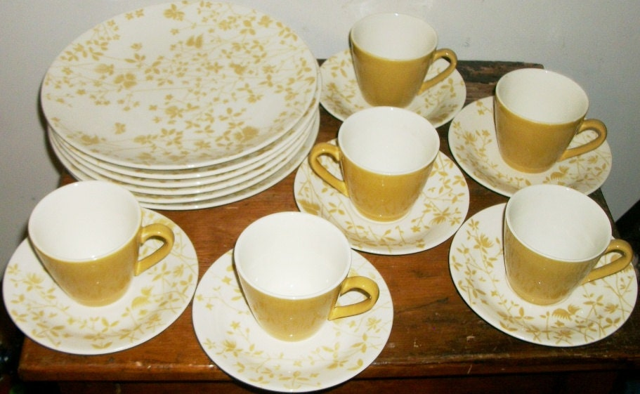 Sheffield Ironstone Golden Meadow Dinnerware 18pcs for 6