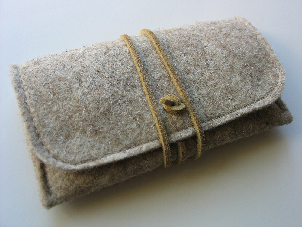 iPhone 5s wallet iPhone 5 cover iPhone5s case iPhone5 pouch ----- natural wool felt ecofelt woolfelt eco leather strap with pocke - echoshop