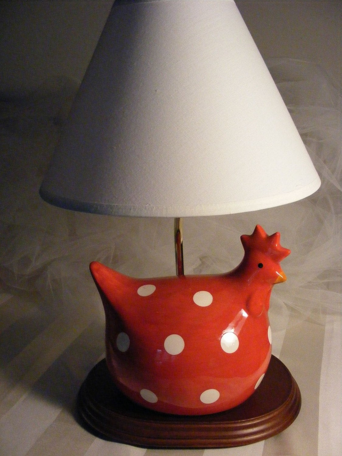 Rooster Lamp Shades on Red And White Polka Dot Ceramic Rooster Lamp With White Lamp Shade