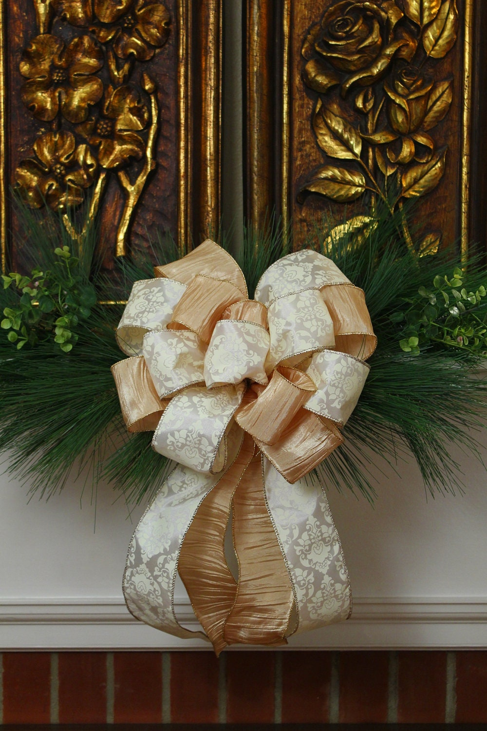 Christmas Bow for Wreath / Decor Cream and Gold