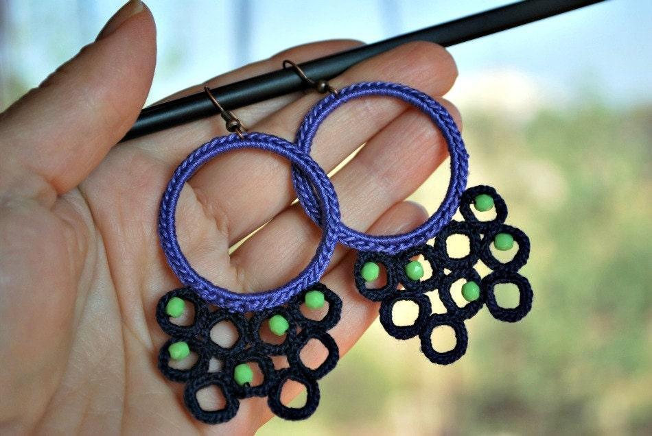 Big Blue Серьги вязание крючком летние украшения.  Серьги из бисера.  Amethyst Purple, темно-синий и лайм.  Легкий ювелирные