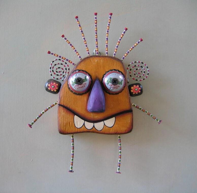 Écrou de mur doré, Art de mur objet trouvé Original, bois sculpté par Fig Jam Studio
