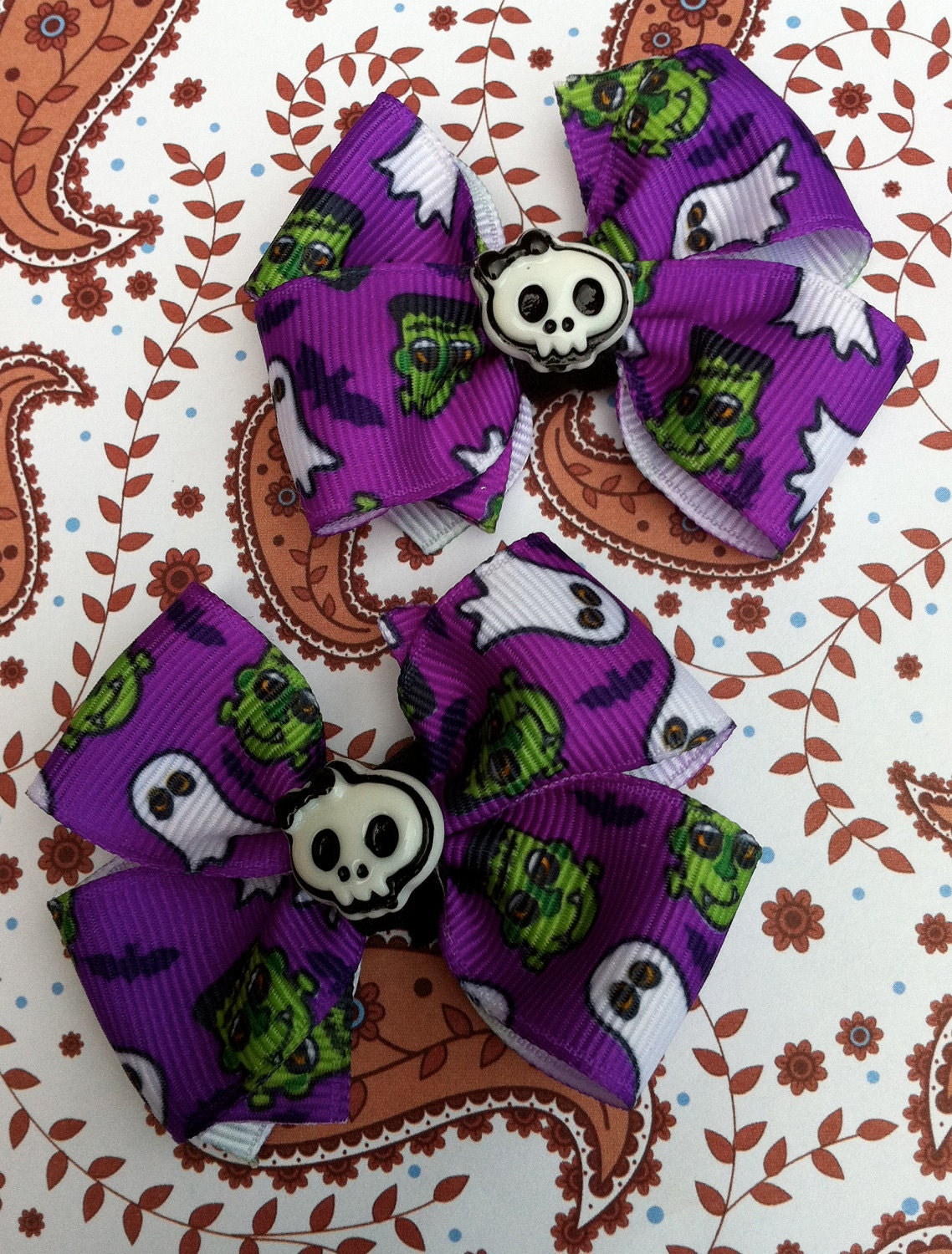 Halloween Boutique Bows-Purple Monsters with Skulls