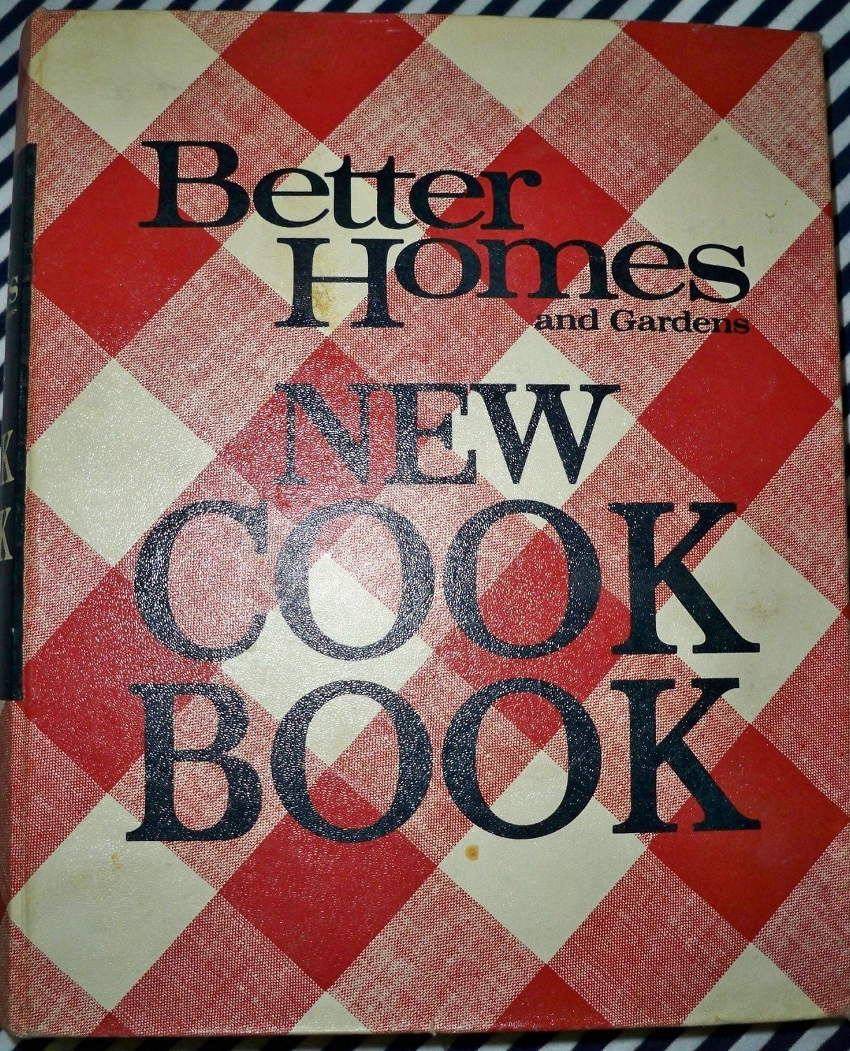 Vintage Better Homes and Gardens New Cookbook 1953 1950's Housewife
