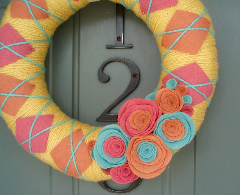 Yarn Wreath Felt Handmade Door Decoration - Spring Plaid 12in