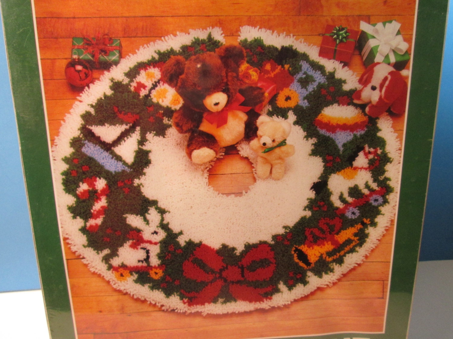 Bernat latch hook christmas tree skirt kit by