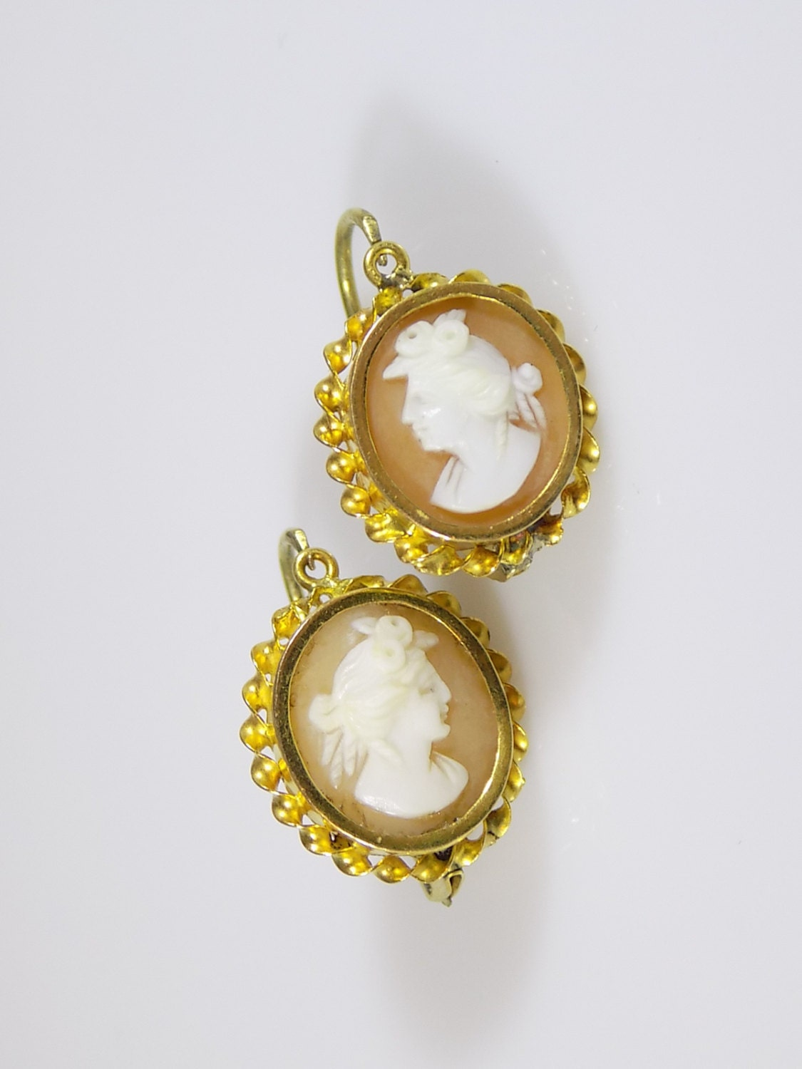 Antique Victorian Era c.18601880 14 Carat yellow Gold and carved Shell Cameo earrings Fine jewellery Gift for Her