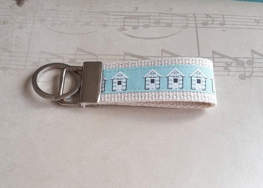 Seaside Key Ring Beach Hut Keyring Turquoise Fabric Keychain Womens Key Chains Luggage Tag Mini Gift For Her Preschool Teacher Gift