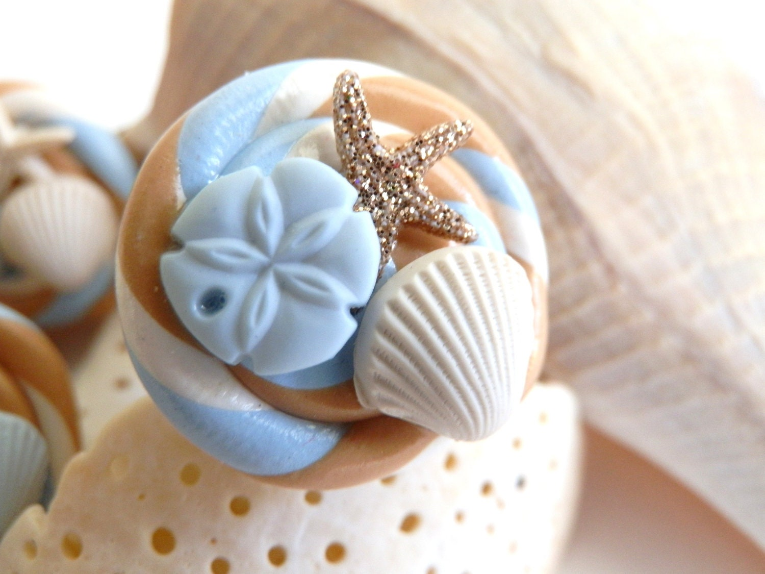 Gold Glitter Starfish Sea Shell Swirl Ring - twistedlollyboutique