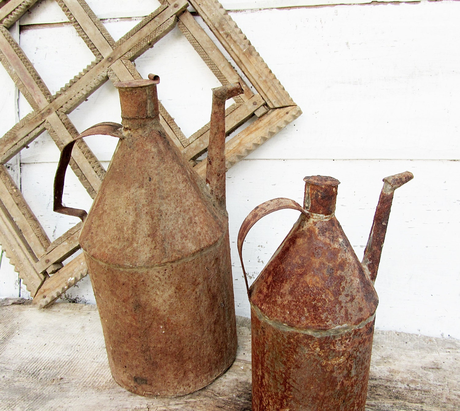 Antique metal bottle,Petroleum bottle,Gasoline bottle,Primitive  bottle,Rustic home decor,Cottage chic,Farmhouse decor,Rust metal,Old bottle - ANTIQUEcountry