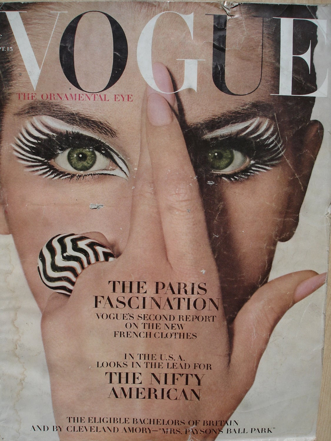 vintage fashion magazine vogue 1960s by thevintagedepartment