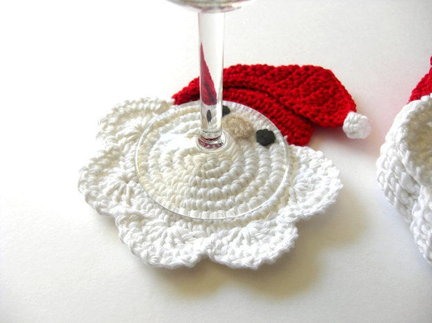 Red Clause Branco Coasters Santa.  Bebida de inverno Decor Crochet Christmas Collection - Conjunto de 6