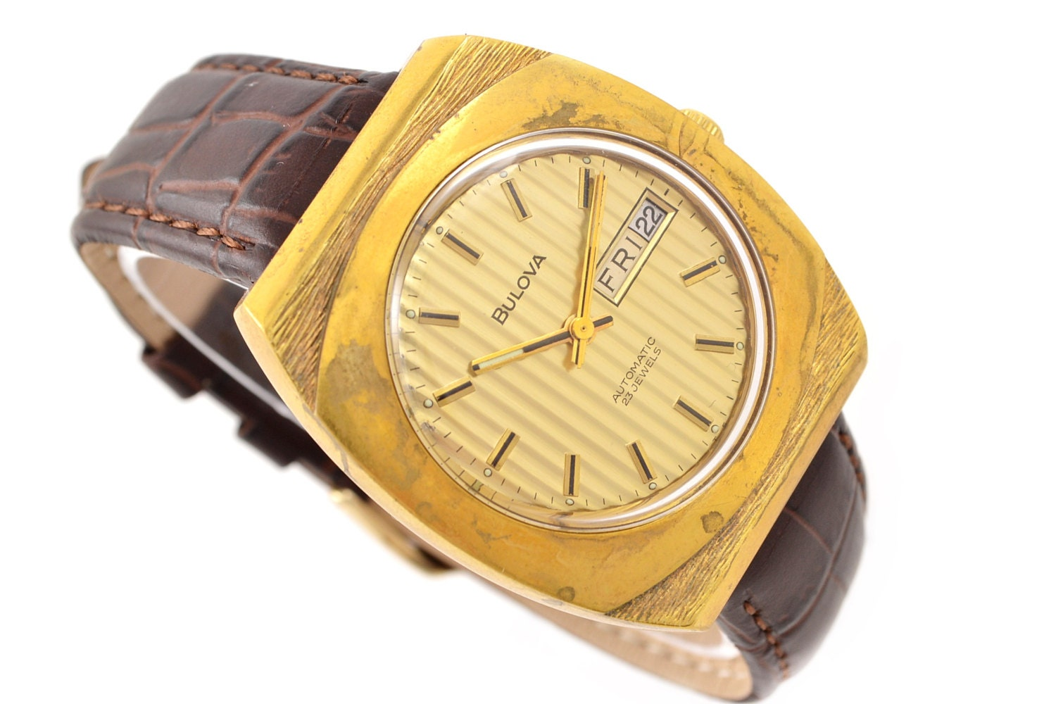 Vintage Bulova Classic Gold Plated Mens Automatic Watch 1211  Make me an offer!