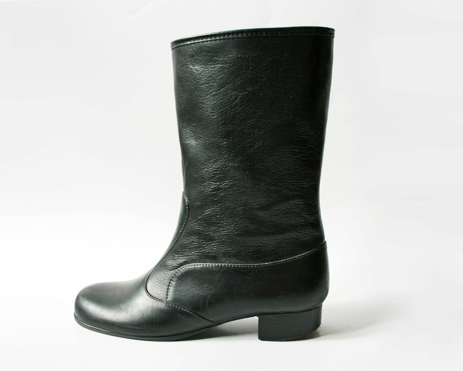 Wonderful Fashion Rain Boots By Sloggers. Waterproof Comfortable And Fun. Made In The USA