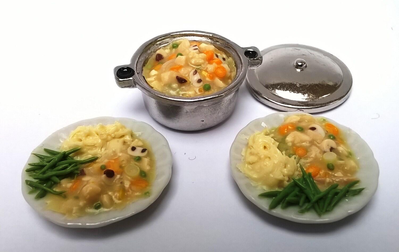 Dolls House Food  Miniature Food  METAL   CHICKEN Casserole  chicken stew  Kitchen Food Preparation  Cooking Food