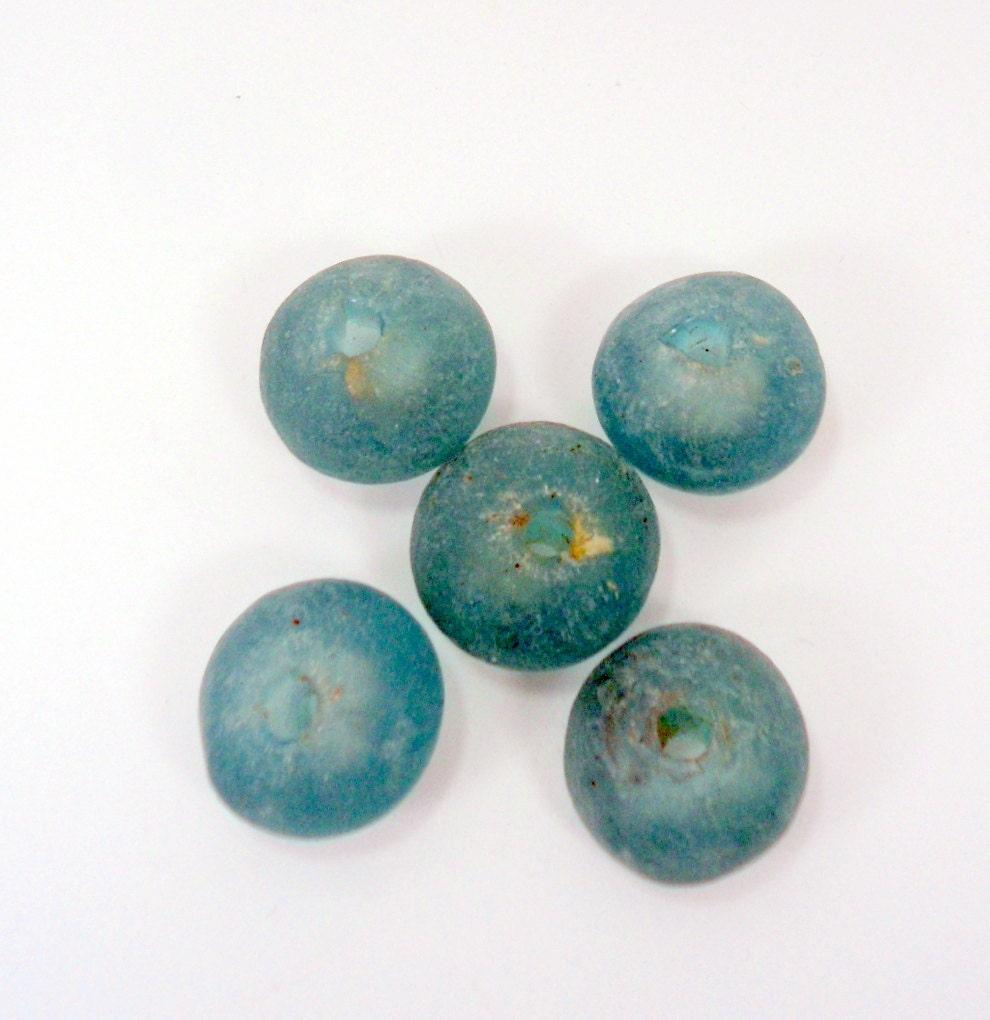 handmade African turquoise glass bead , 5pcs, H00117 - hardbead