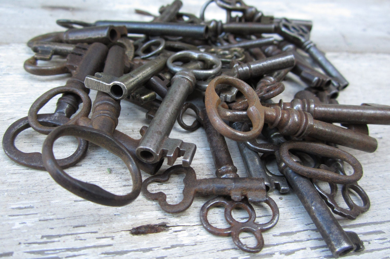Items similar to only 1 one antique skeleton key hollow for Antique looking keys