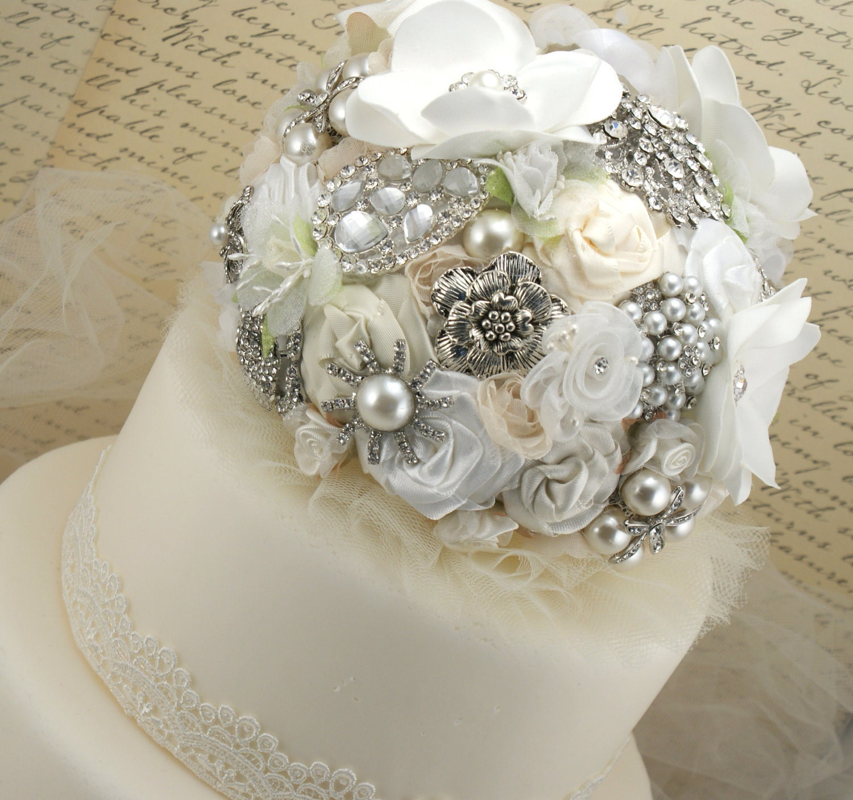 wedding cake brooch