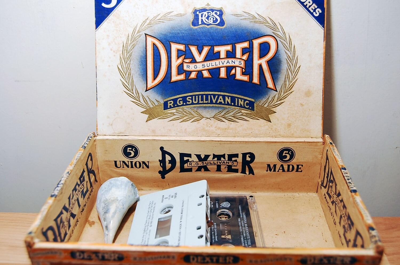 Vintage r g sullivan 39 s dexter londres cigar box by vintiquesco - Boutique vintage londres ...