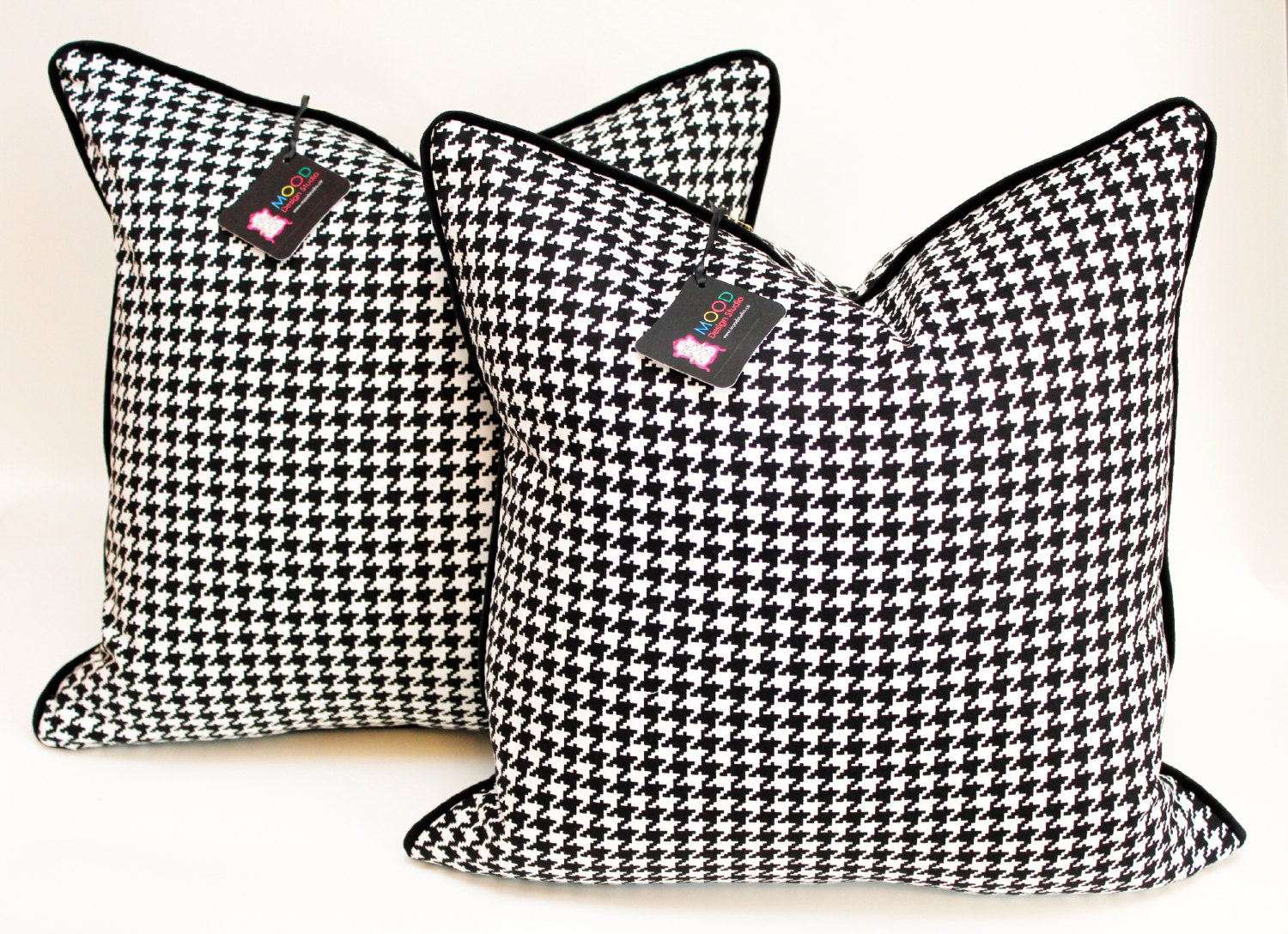 Black And White Houndstooth Throw Pillows : Unavailable Listing on Etsy