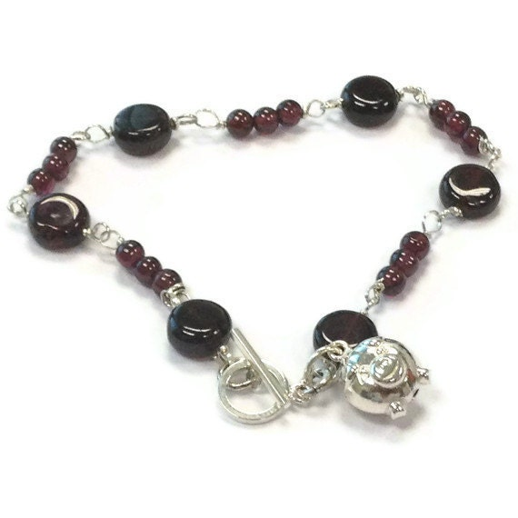 garnet bracelet pig charm january by jewelrybycarmal