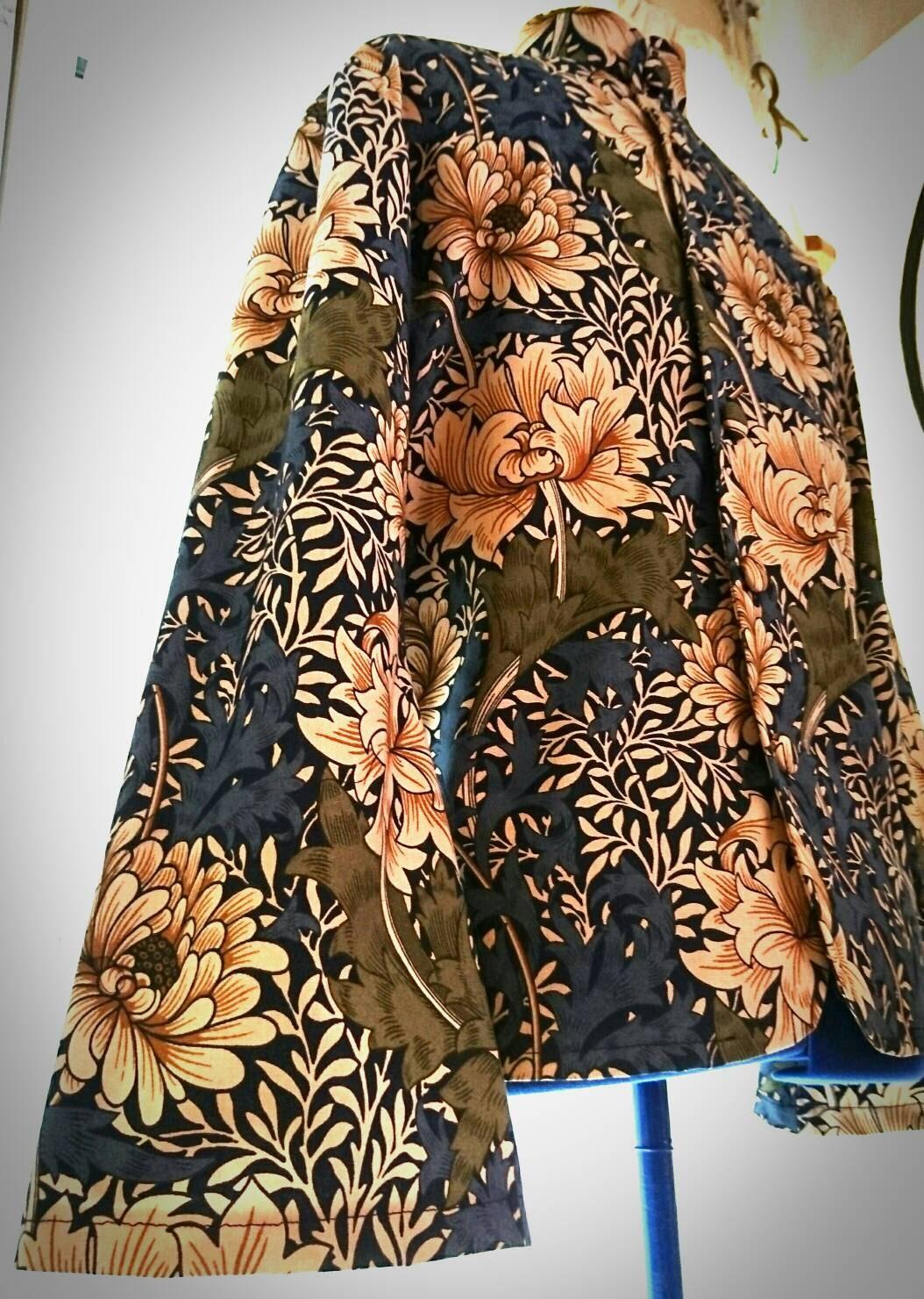 Kaftan in William Morris print fabric.