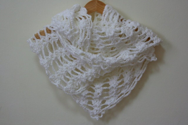 White lacy shawl scarf neck warmer crochet