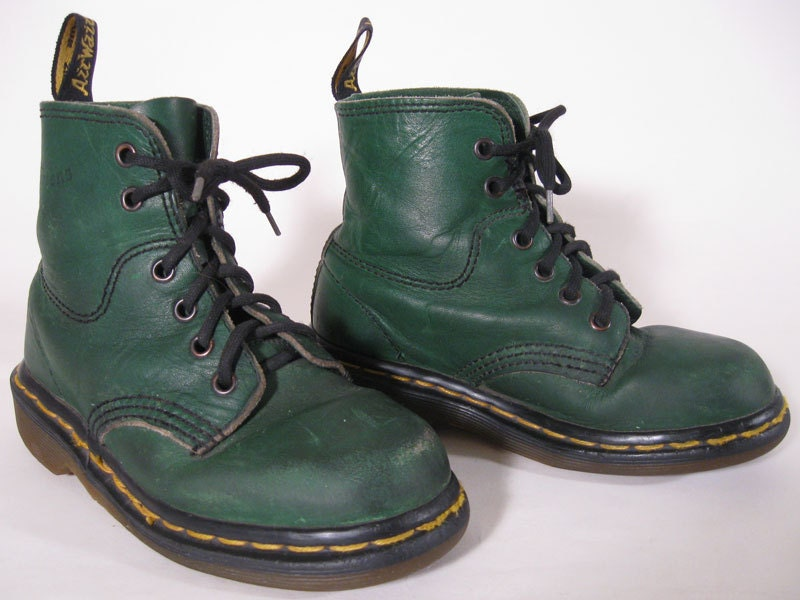 Vintage kids doc martens made in england green by hrstufnstuf
