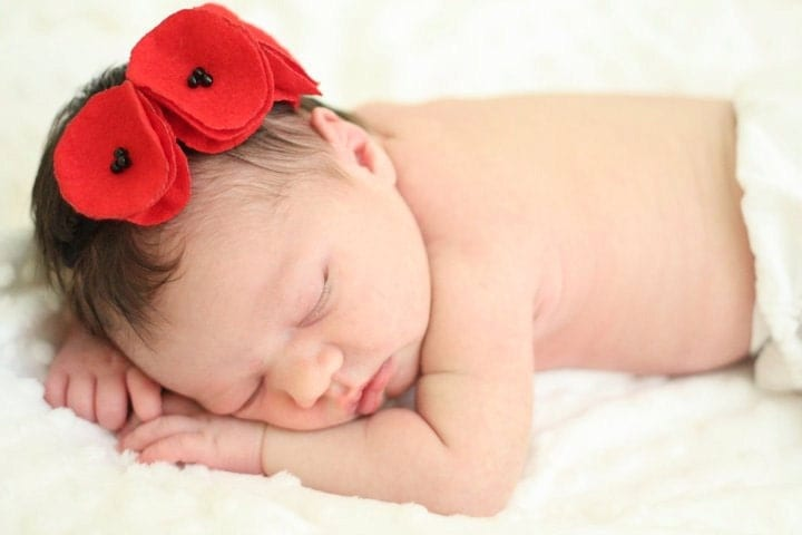 FOR BABY. crushing on you red felt poppy garland headband.